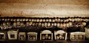 Il Cimitero delle Fontanelle: l'itinerario dello Spirito