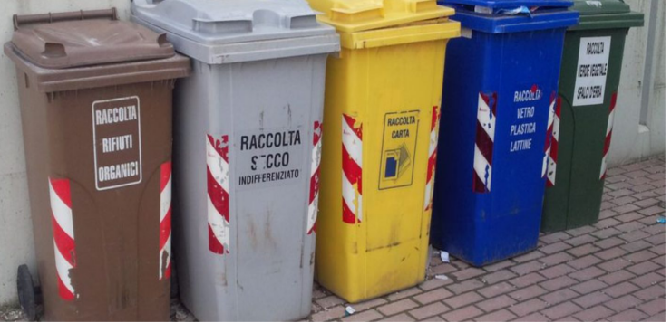 A Casoria la raccolta differenziata è materia scolastica.