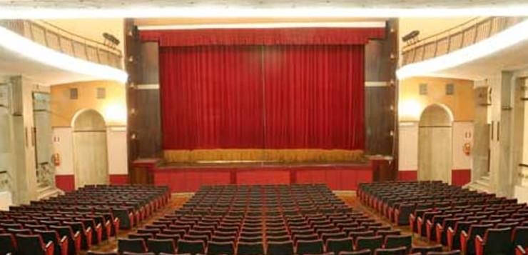 Teatro delle Palme, il rischio chiusura e l'idea scellerata dell'ennesimo supermercato.