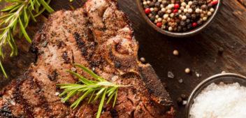 Quanto inquina la carne: consumi eccessivi ed effetti sull'ambiente