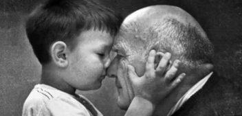 Nipoti di Babbo Natale, l'iniziativa solidale per realizzare i desideri degli anziani