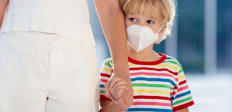 """I Ricercatori del CEINGE-Biotecnologie Avanzate di Napoli svelano il motivo per cui i bambini si ammalano molto meno di Covid-19: una molecola """"chiave"""" che apre le porte al virus è meno attiva"""